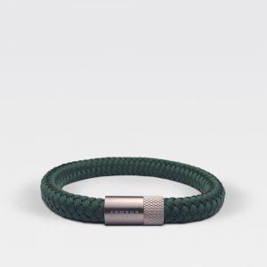 Gevlochten forest groene armband van ARMBND met zilveren roestvrij stalen sluiting