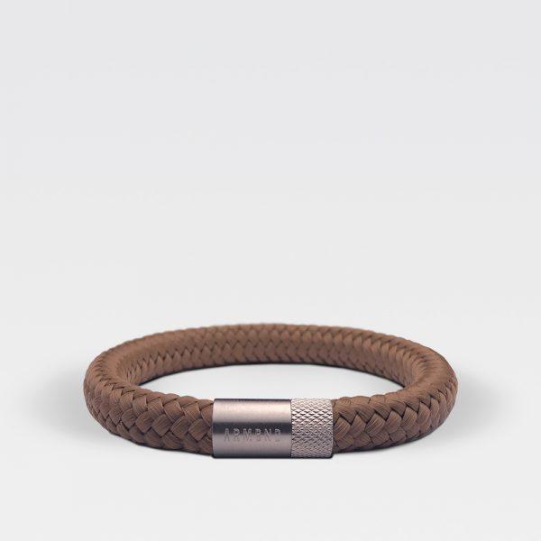 Gevlochten kaneelbruine armband van ARMBND met zilveren roestvrij stalen sluiting