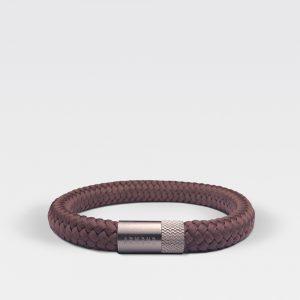 Gevlochten chocolade bruine armband van ARMBND met zilveren roestvrij stalen sluiting