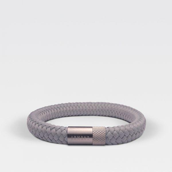 Gevlochten grijze armband van ARMBND met zilveren roestvrij stalen sluiting