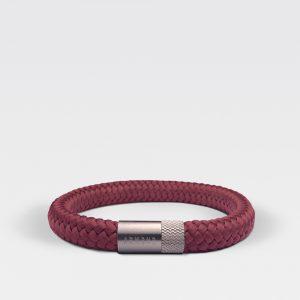 Gevlochten burgundy rode armband van ARMBND met zilveren roestvrij stalen sluiting