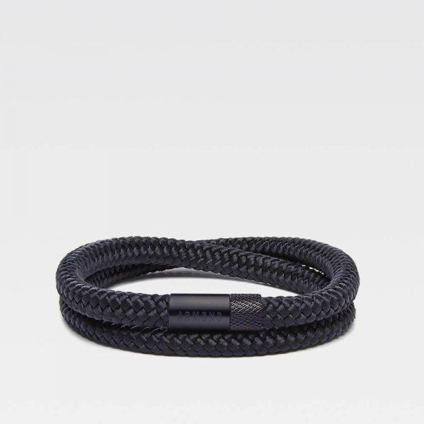 Zwarte dubbele armband met zwarte stalen sluiting