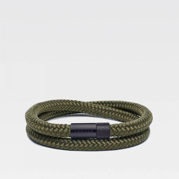 Groene dubbele armband met zwarte stalen sluiting