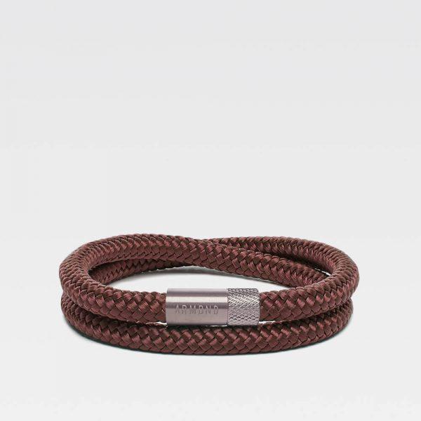 Bruine dubbele armband met zilveren stalen sluiting