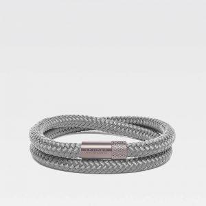 Grijze dubbele armband met zilveren stalen sluiting