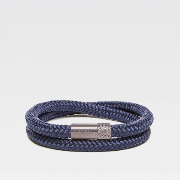 Blauwe dubbele armband met zilveren stalen sluiting