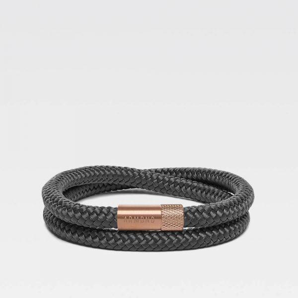 Donkergrijze dubbele armband met rosé gouden stalen sluiting