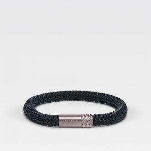 Zwarte dunne armband met zilveren stalen sluiting