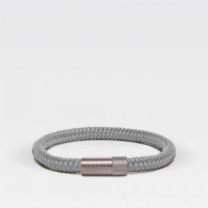 Grijze dunne armband met zilveren stalen sluiting